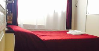伊兹密尔美丽酒店 - 伊兹密尔 - 睡房