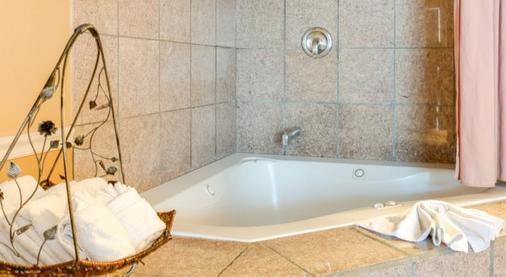 蒙特雷松林汽车旅馆 - 蒙特雷 - 浴室