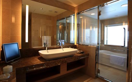 大阪蒙特利格拉斯梅尔酒店 - 大阪 - 浴室