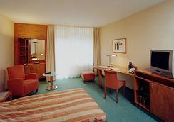 施罗斯公园酒店 - 柏林 - 睡房