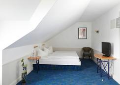 芮斯登兹酒店 - 塞巴特黑灵斯多夫 - 睡房