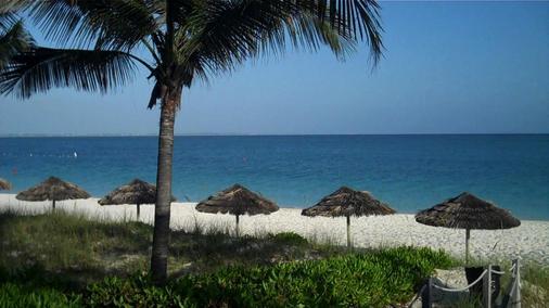 西博恩海滩酒店 - 普罗维登西亚莱斯岛 - 海滩