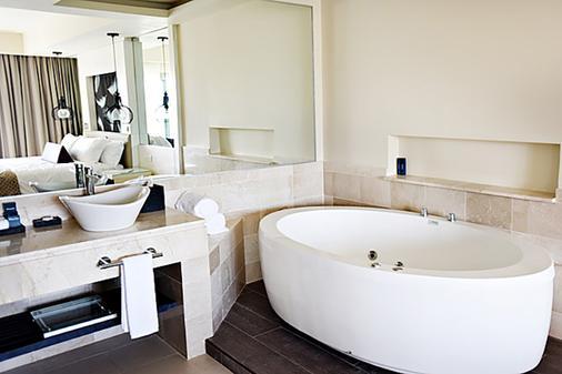 罗亚顿奇科式度假村 - 仅供成人入住 - 蓬塔卡纳 - 浴室
