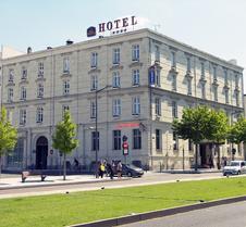 安茹西佳plus酒店