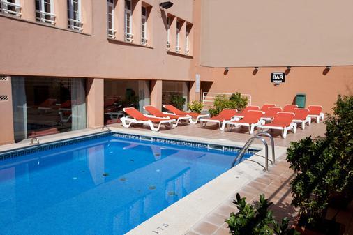 阿玛答玛斯酒店 - 马略卡岛帕尔马 - 游泳池
