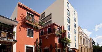 梅里达卡萨德尔巴拉姆酒店 - 梅里达 - 建筑