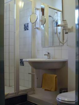 韦德伽尼酒店 - 柏林 - 浴室