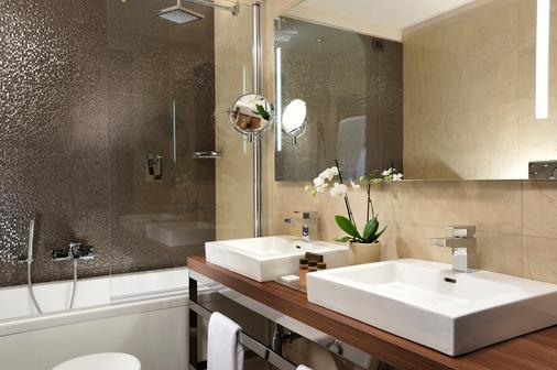 上城宫酒店 - 米兰 - 浴室