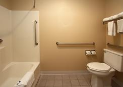 科尔尼新维多利亚酒店及套房 - 科尔尼 - 浴室