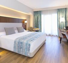 阿兰达马尔贝拉酒店