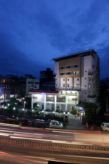 Hotel Nandan - 古瓦哈蒂 - 户外景观