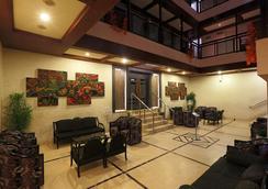 Hotel Nandan - 古瓦哈蒂 - 大厅