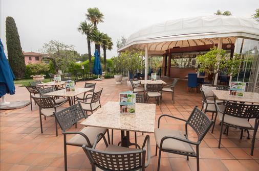玛丽亚别墅酒店 - 代森扎诺-德尔加达 - 酒吧