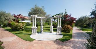 玛丽亚别墅酒店 - 代森扎诺-德尔加达 - 户外景观