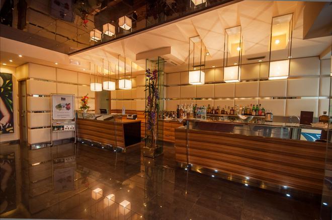 安蒂科博尔戈酒店 - 里瓦 - 柜台