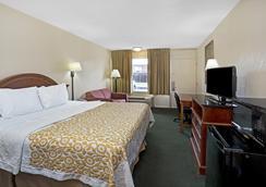 西部戴斯汽车旅馆 - 圣奥古斯丁 - 睡房