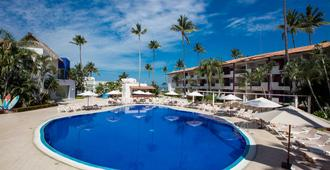 巴亚尔塔港皇冠天堂俱乐部度假酒店 - 巴亚尔塔港 - 游泳池