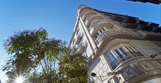 格拉纳达巴塞罗卡门酒店 - 格拉纳达 - 建筑