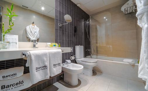 巴塞罗卡门格拉纳达酒店 - 格拉纳达 - 浴室