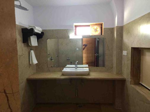 金哈维里酒店 - 斋沙默尔 - 浴室