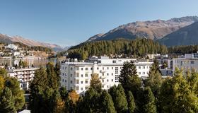 劳迪内拉酒店 - 圣莫里茨 - 户外景观