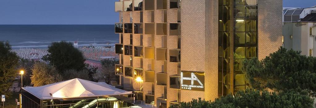 Hotel Ambasciatori Rimini - 里米尼 - 建筑