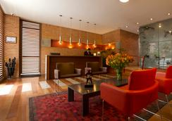 84dc Hotel - Bogotá - 大厅