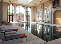 麦地那肯兹俱乐部酒店 - 马拉喀什 - 游泳池
