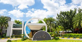 H2O酒店 - 马尼拉 - 建筑
