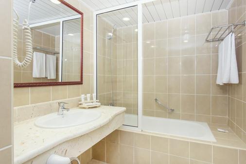 比莱夫体验拉莫拉斯酒店式酒店 - 巴拉德罗 - 浴室