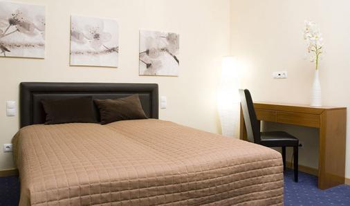 时尚住宅酒店 - 里斯本 - 睡房