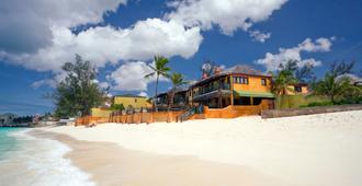 马里水疗度假村 - 拿骚 - 海滩