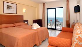 巴厘梅德普拉亚酒店 - 贝纳马德纳 - 睡房
