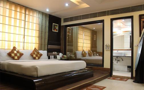 丹尼斯酒店 - 新德里 - 睡房