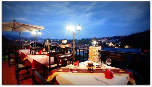 布姆兰乡村度假酒店 - 卡伦海滩 - 餐馆