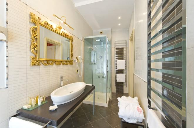萨沃亚及尤兰达酒店 - 威尼斯 - 浴室