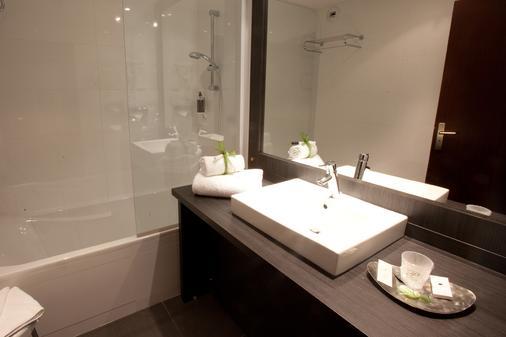 帕拉迪亚酒店 - 图卢兹 - 浴室