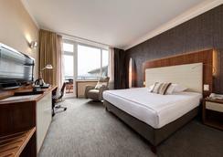 u酒店 - 卢布尔雅那 - 睡房