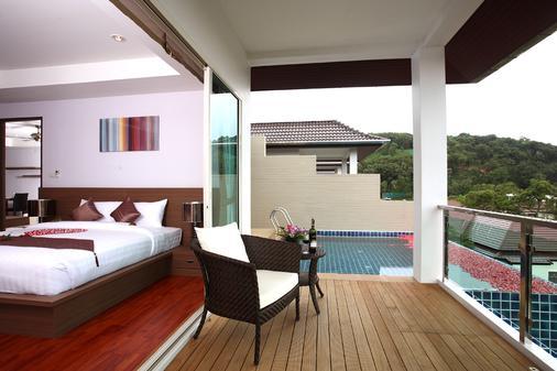普吉班陶热带别墅温泉渡假酒店 - Choeng Thale - 睡房