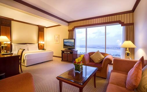 阿布扎比海滨大道酒店 - 阿布扎比 - 睡房