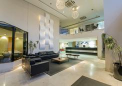 阿德利亚诺波利斯全套房酒店 - 马瑙斯 - 大厅