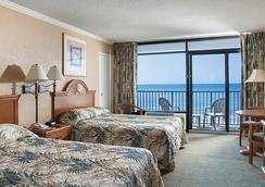 Sands Beach Club Resort - 默特尔比奇 - 睡房