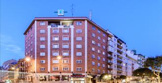 奇多斯酒店 - 莱昂 - 建筑