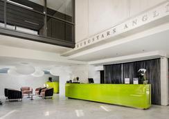 欧洲之星安格利酒店 - 巴塞罗那 - 大厅