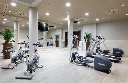 里瑞卡豪图萨酒店 - 马德里 - 健身房