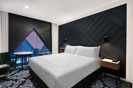 悉尼西部古玩系列希尔顿酒店 - 悉尼 - 睡房