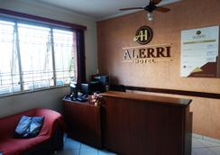 Alerri Hotel - 里贝朗普雷图 - 柜台