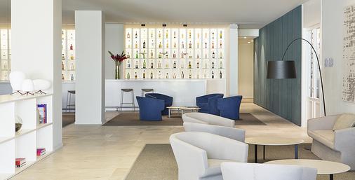 卓越集团最好普拉亚穆吉莱斯酒店 - 坎昆 - 酒吧