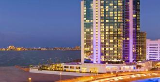 迪拜朱美拉海滩希尔顿逸林酒店 - 迪拜 - 建筑