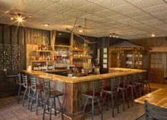 费尔布瑞芝套房汽车旅馆 - 爱达荷福尔斯 - 爱达荷福尔斯 - 酒吧